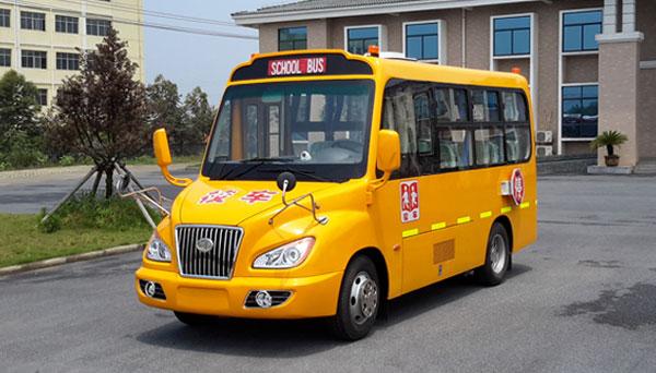 安源18座小学生校车